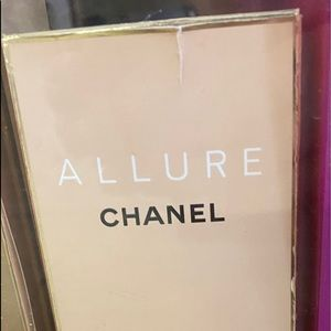 New authentic Chanel allure